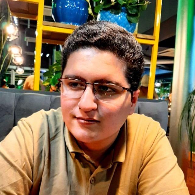 امیرحسین شریف نژاد